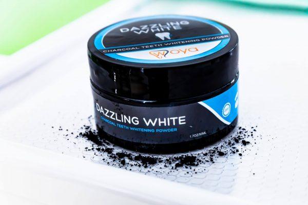 Pudra de Cărbune Activ Dazzling White Woya 50 g